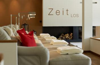 1_SCHUELE'S_ZeitLOS