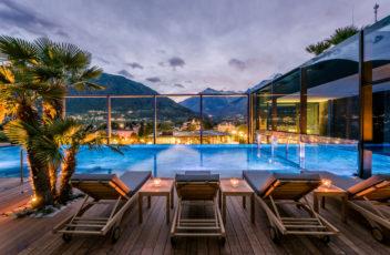 Die_romantische_Wellness-Oase_im_Sky_Spa_unter_dem_Sternenhimmel_©_Hotel_Therme_Meran__Guenter_Standl